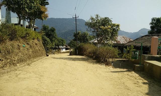 tamenglong-village-scene-1-clean-roads-2
